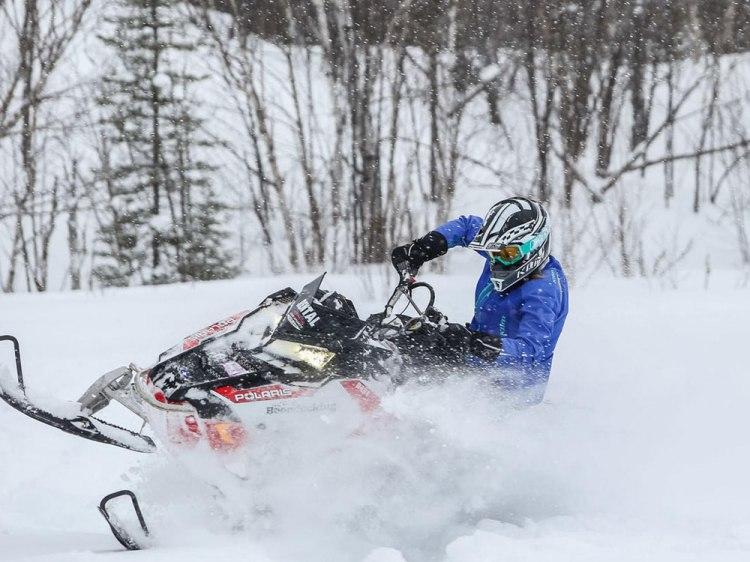 Snowmobiling2