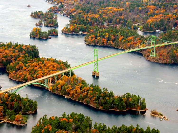 Aerial view of the 1000 Islands International Bridge